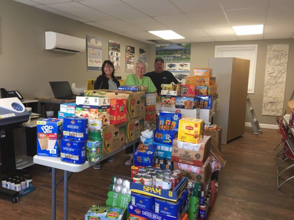 Babylon-Vault-Company-volunteers-food-drive-veterans-1