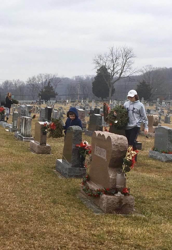 wreaths across america volunteers n babylon vault co